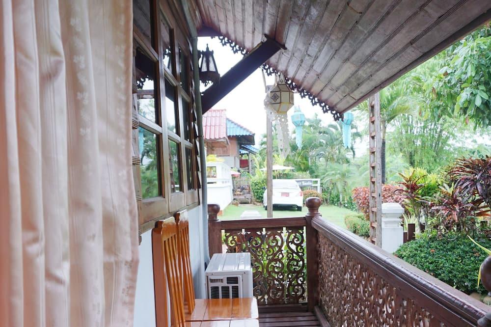 2-Bedroom Villa with Fan - Ban công