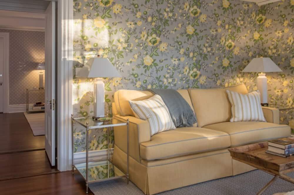Suite, Private Bathroom (No. 2 Grey Master Suite) - Guest Room