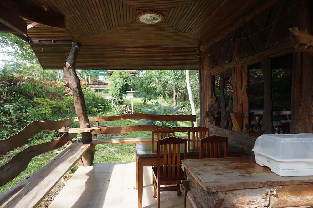 Three Bedrooms - Shared Bungalow  - Rõdu