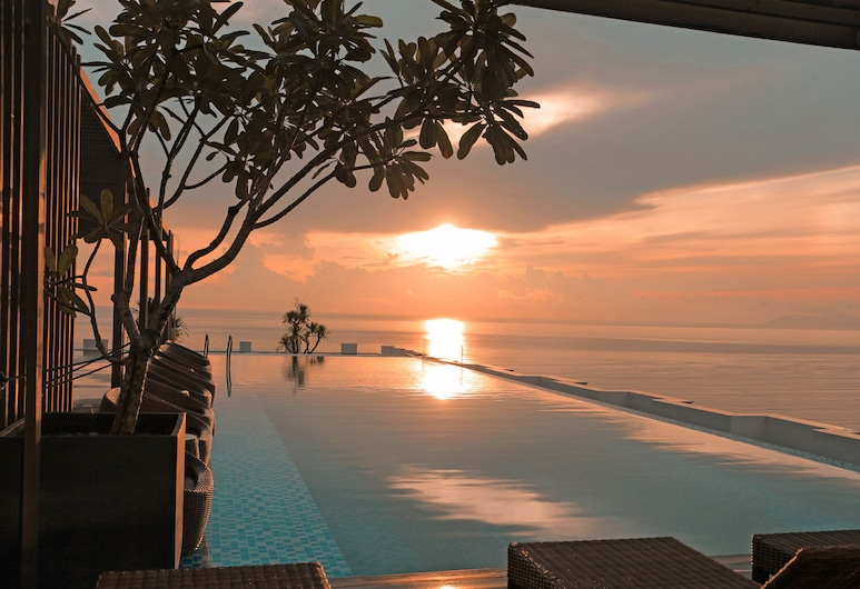 HAIAN Beach Hotel & Spa, Da Nang, Pool
