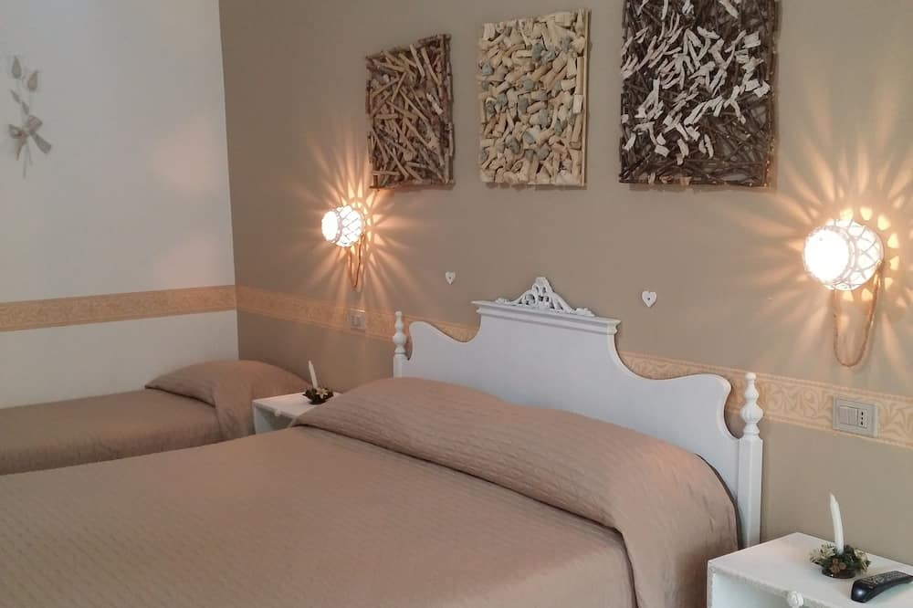 Double or Twin Room, 1 Bedroom - Guest Room