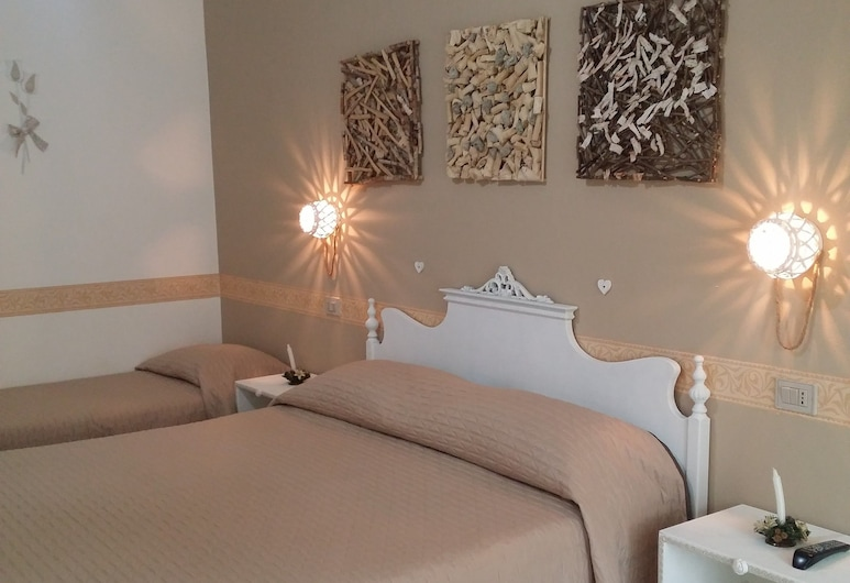 Bed and Breakfast Il Melangolo, Sant'Antioco, Double or Twin Room, 1 Bedroom, Guest Room