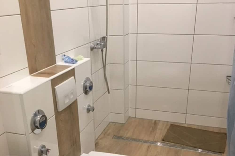 Double Room, 2 Twin Beds - Bathroom