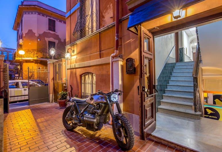 Free Hostels Roma, Rom, Pintu Masuk Hotel
