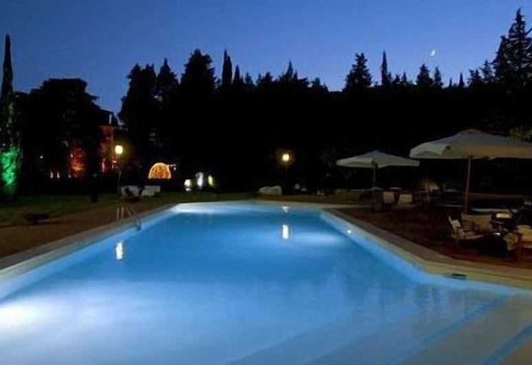Il Castellaro Country House, Perugia, Piscina al aire libre