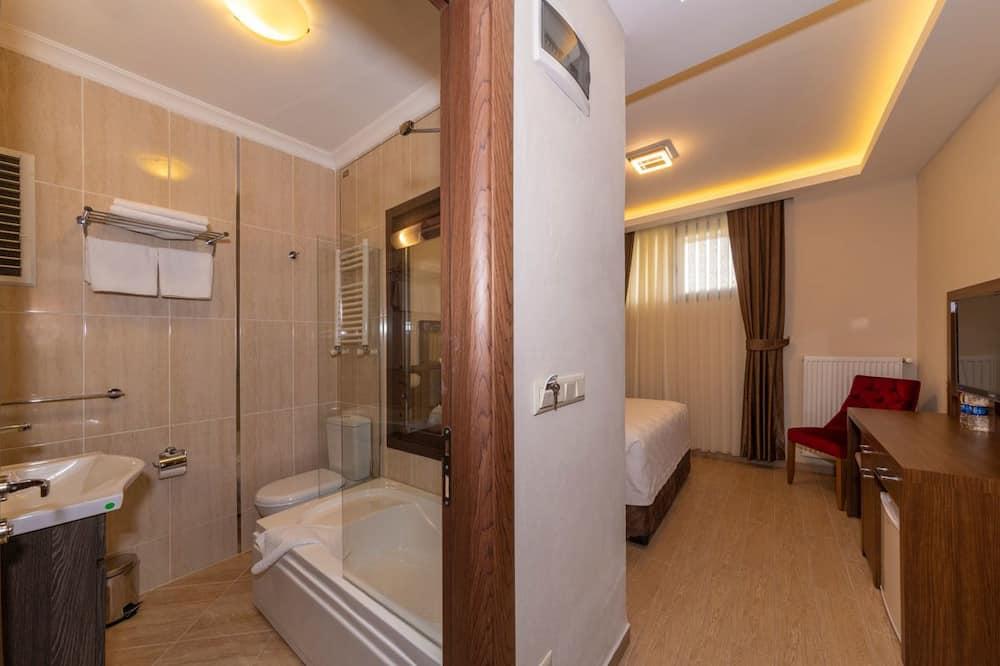 Izba typu Economy, 1 spálňa (Basement) - Kúpeľňa