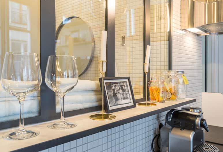 Marais Studio 2p - AC - Wifi, Paris, Studio, Private kitchen