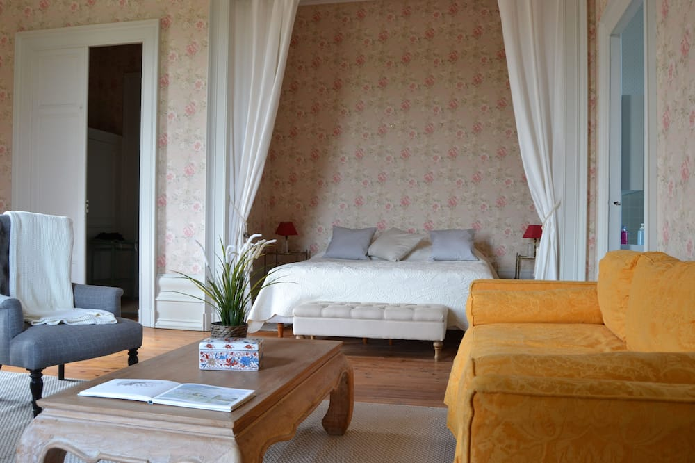 Chambre Quadruple Familiale, 2 chambres - Coin séjour