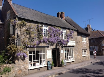 Picture of Abbotsbury Tea Rooms in Weymouth