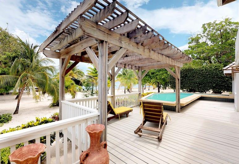 Casa Sunburst at Palmetto Bay, Roatan, Terasz/udvar