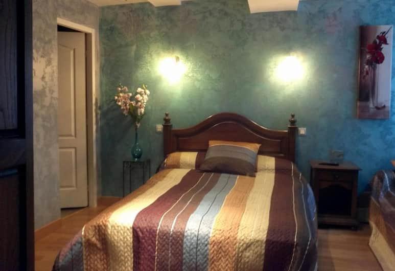 Au Pied Du Chateau, Lourdes, Tek Büyük Yataklı Oda (Prelude), Oda