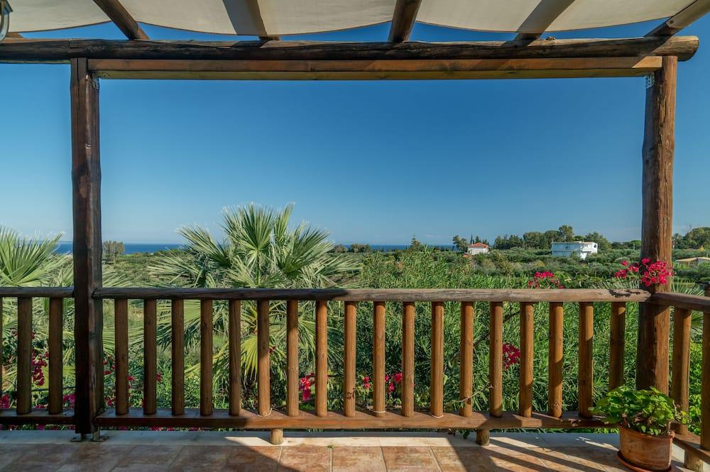 Deluxe Duplex, Patio, Sea View - Balcony