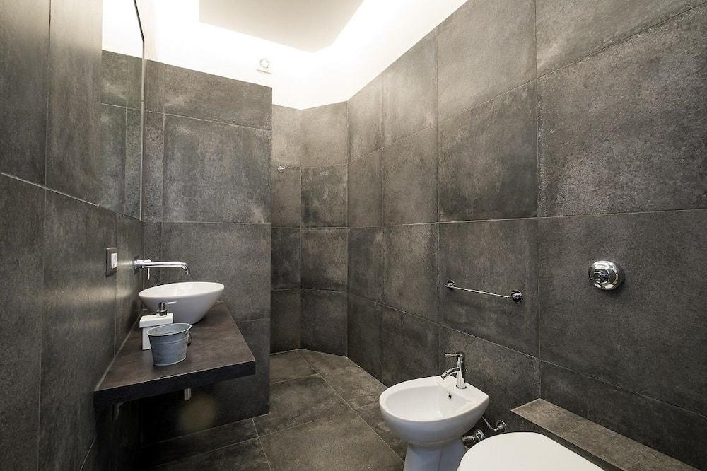 חדר זוגי, חדר רחצה פרטי - חדר רחצה