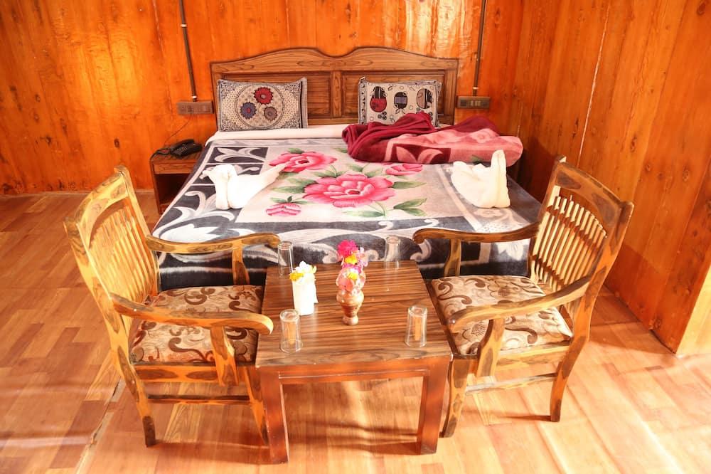 Wooden Cottage - Elutuba