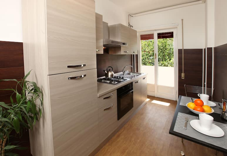 Floriana Home, Rome, Apartment, 2 Bedrooms, Private kitchen
