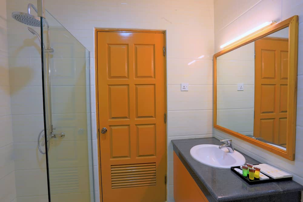 Deluxe-Zimmer (Corner) - Badezimmer