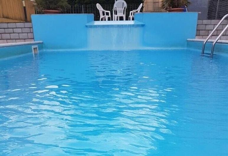 Hotel Mutacita, Rimini, Buitenzwembad