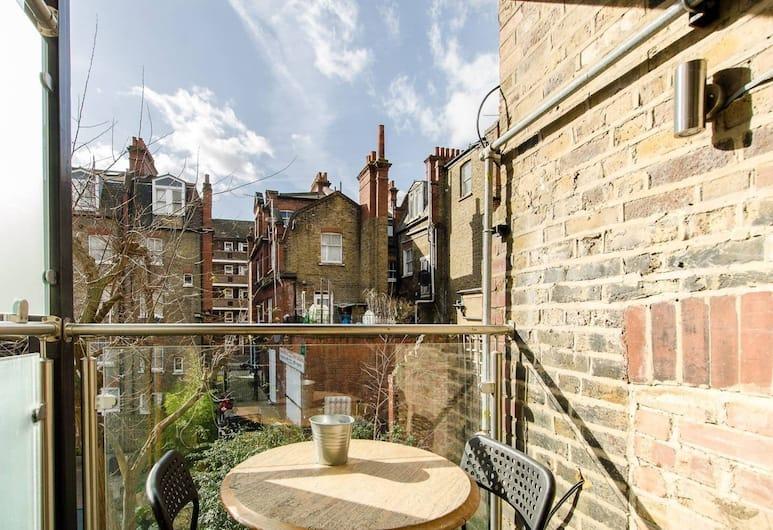 Brick Lane Comfy Apartments, London, Deluxe külaliskorter, 1 magamistoaga, rõduga, vaade aeda, Terrass