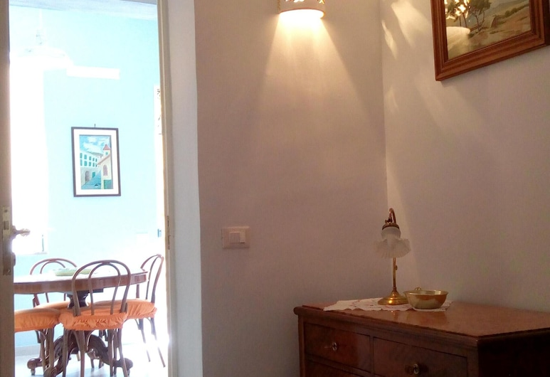 Apartment With 2 Bedrooms in Santa Flavia, With Wifi - 150 m From the Beach, Santa Flavia, Appartamento, Camera