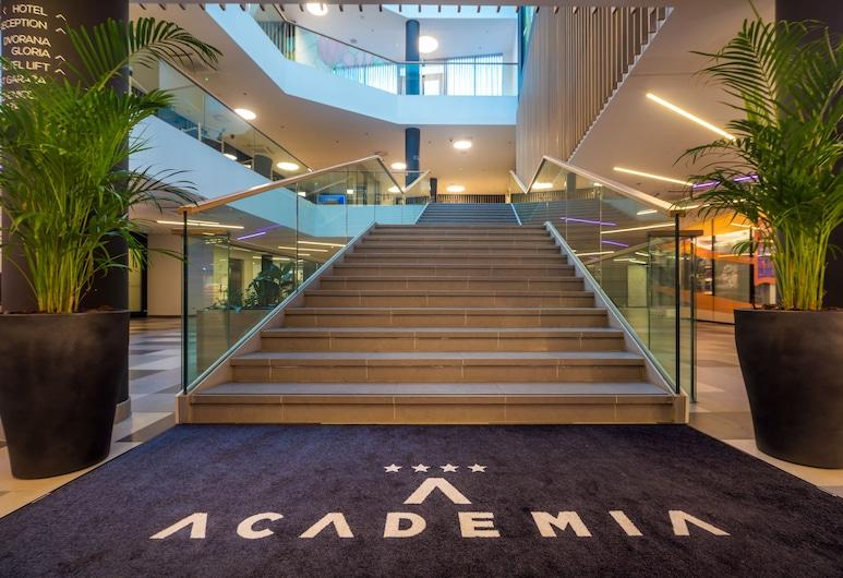 Hotel Academia, Zagreb, Ingang binnen