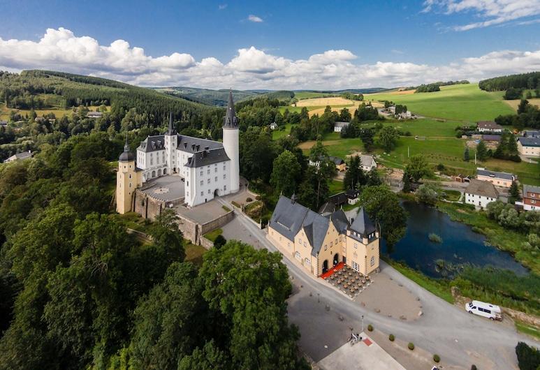 Schlosshotel Purschenstein, Neuhausen, Property Grounds