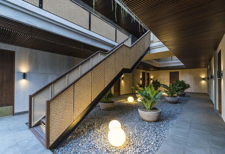 烏布阿托特爾漢尼曼飯店, 烏布, 樓梯