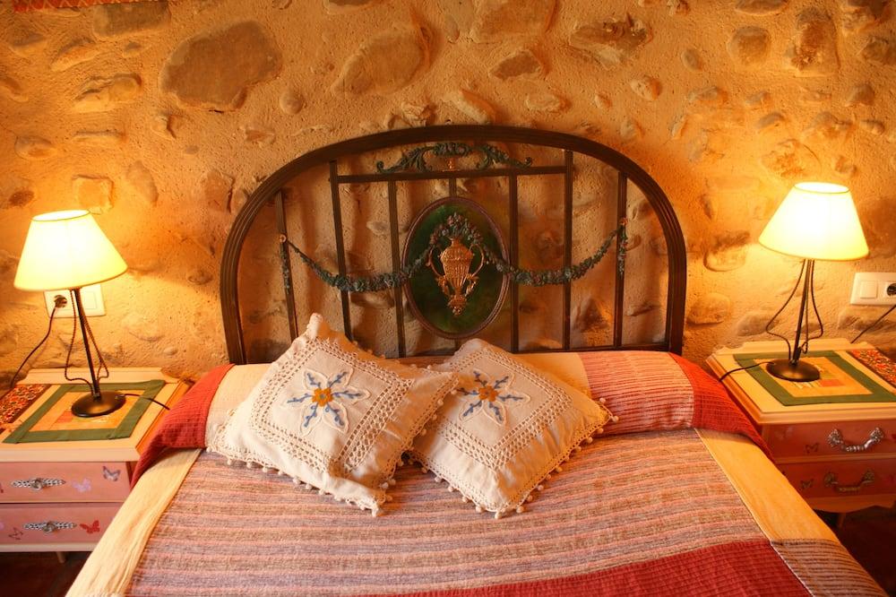 Szoba két külön ággyal, privát fürdőszoba - Vendégszoba