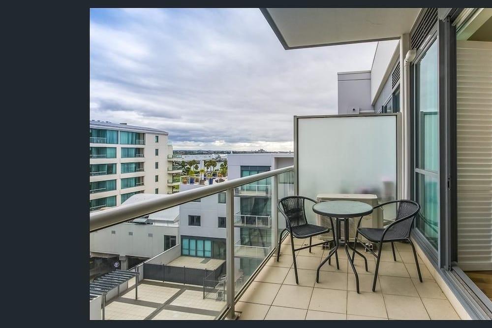 Executive Apartment, 2 Bedrooms, Bay Views, Pool Access - Балкон