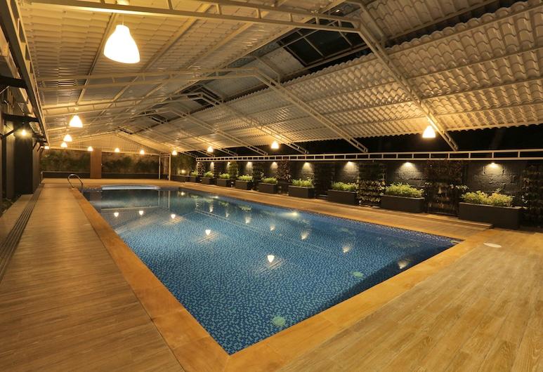 All Season's D'Fort Ayurvedic Resort, Quilon, Pool
