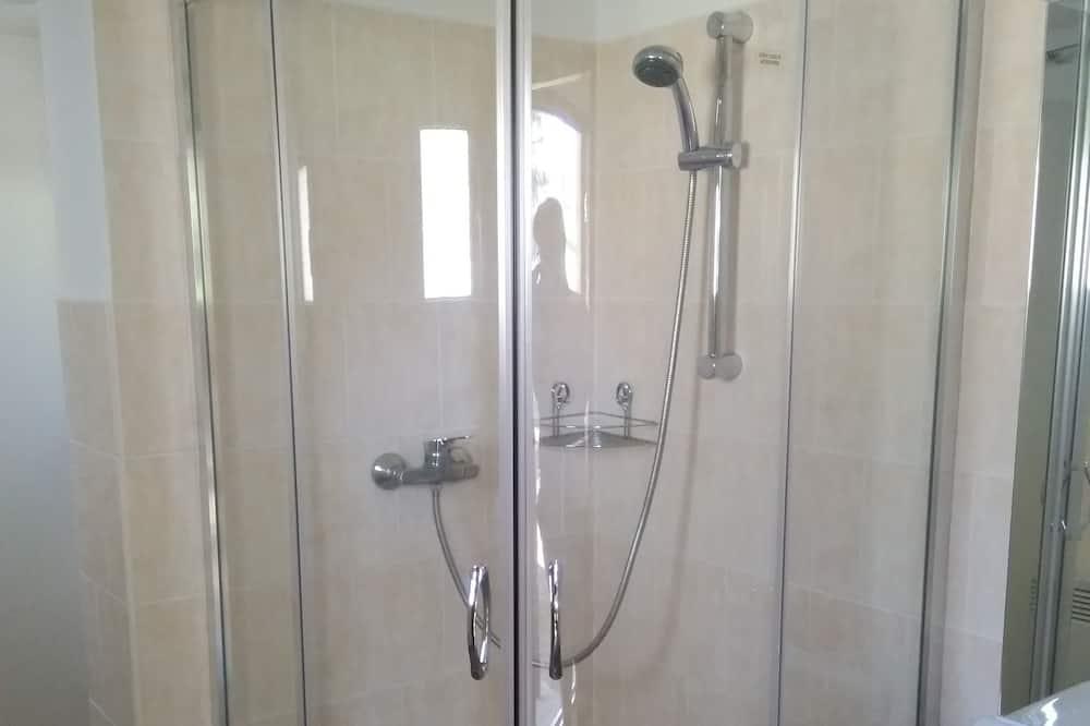 Családi apartman - Fürdőszoba