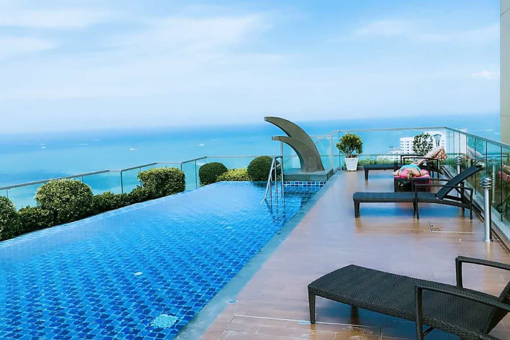 Studio Apartment by Pattaya Holiday