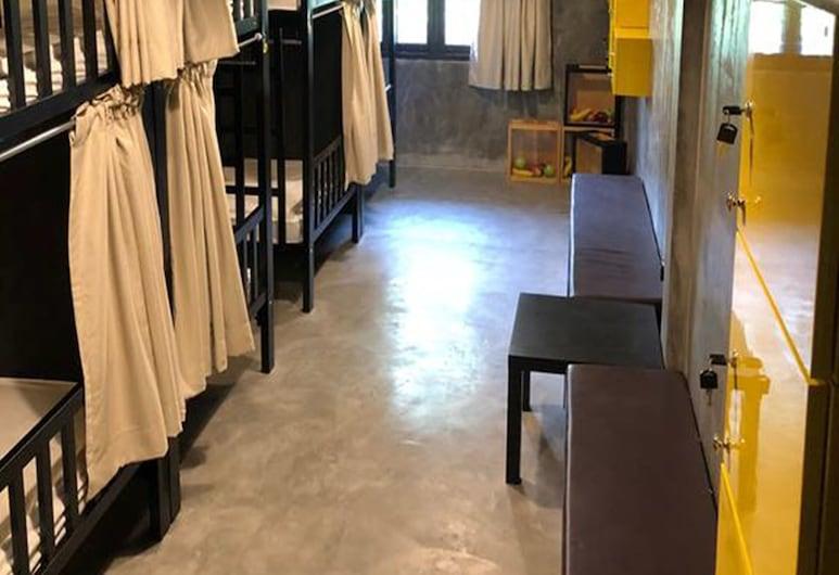 レスト アット エカマイ, バンコク, 10-Bed Mixed Dormitory, 部屋