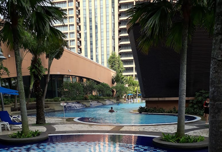 Standard Suit At Times Square, Kuala Lumpur, Pool