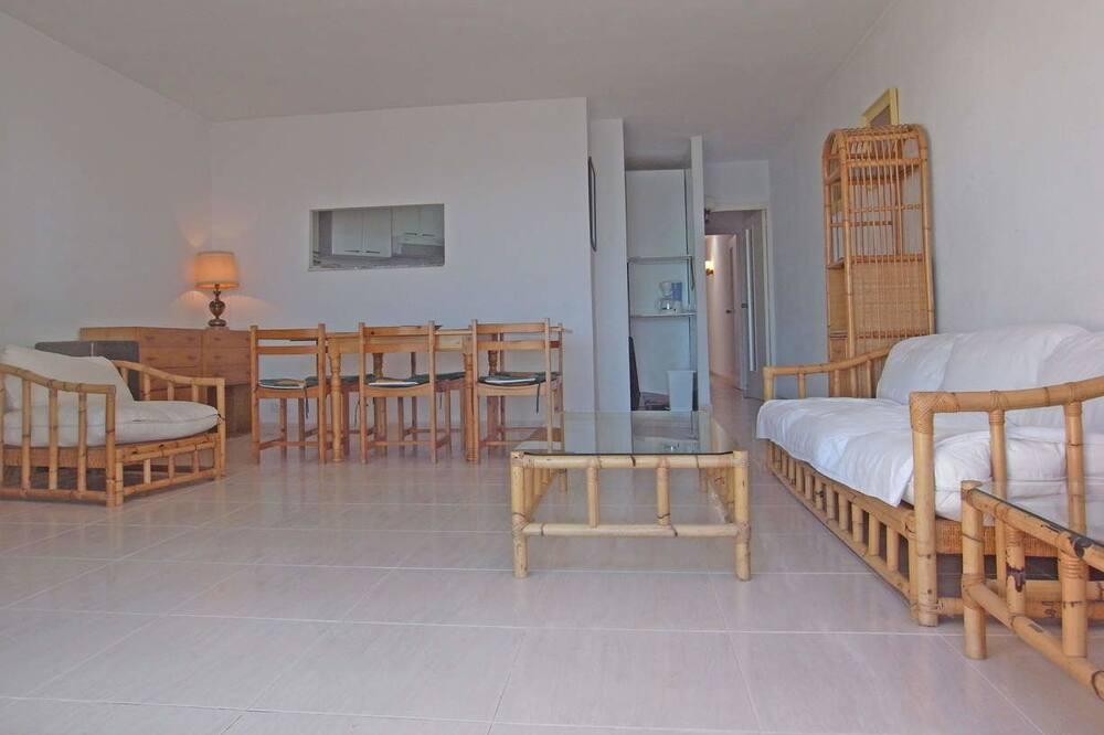 Comfort-Apartment, 3Schlafzimmer, Terrasse, Strandnähe - Wohnzimmer