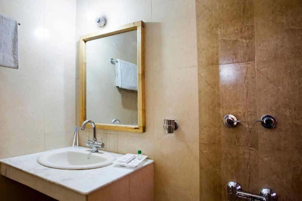 Perushuone kahdelle, 1 makuuhuone - Kylpyhuone