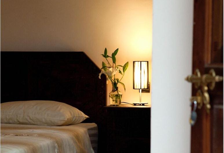 Riad Sorour, Marrakech, Dvojlôžková izba typu Deluxe, Hosťovská izba