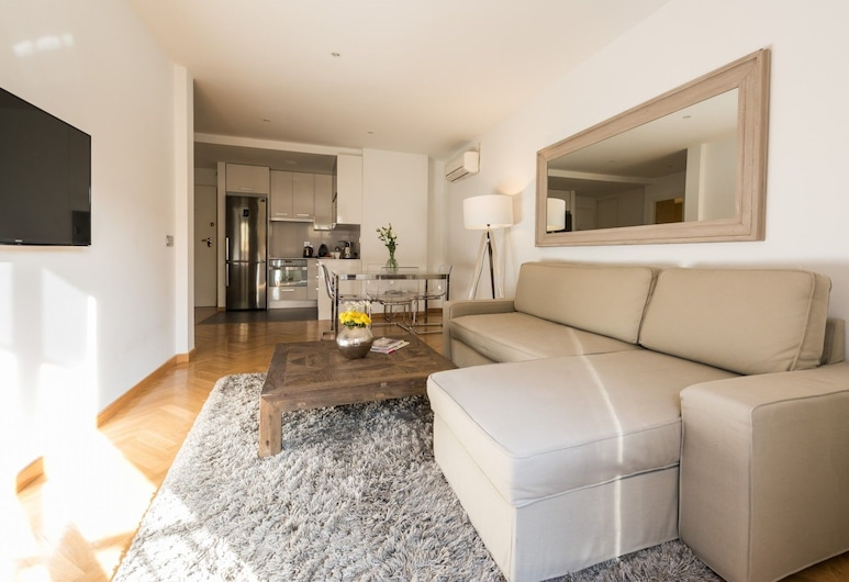 Downtown Urban - Madflats Collection, Madrid, Apartment, 1 Bedroom, Living Room