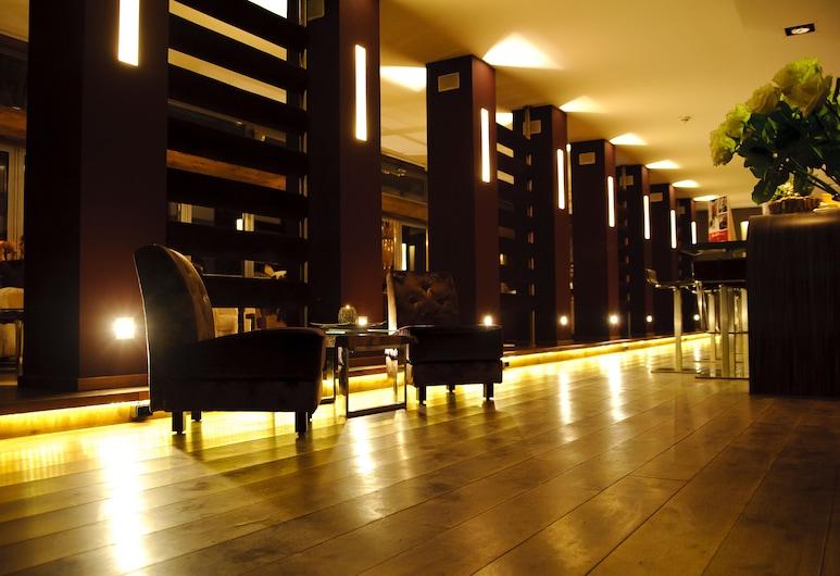 هوتل روزنمير, مونشنجلادباخ, بار الفندق