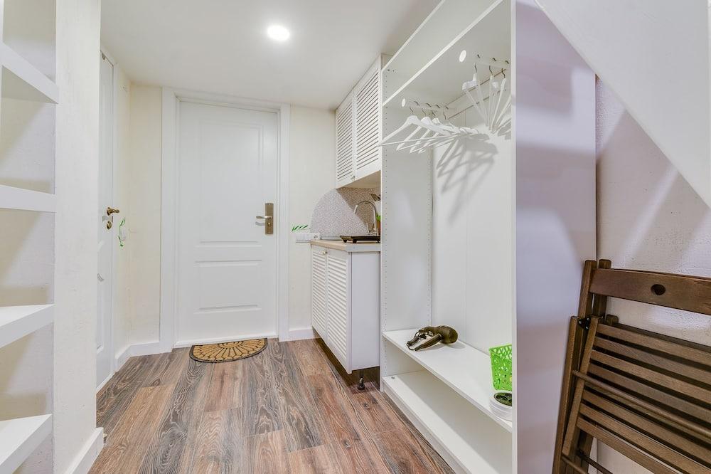 Economy Duplex, Multiple Beds - Living Area