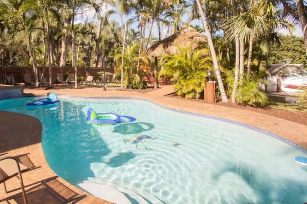 Villa familiar, 3 habitaciones, piscina privada - Terraza o patio