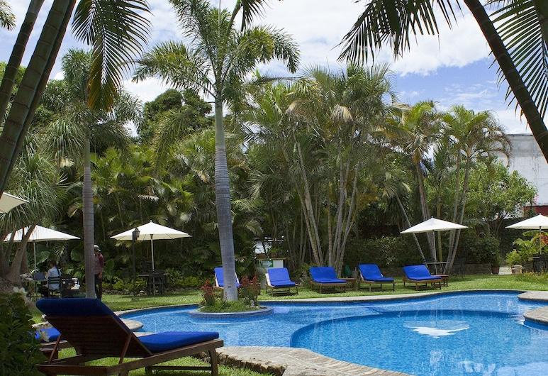 Hotel Dos Mundos, Panajachel, Kültéri medence
