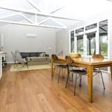 Studio, Garden View (The Stable Studio) - Living Room