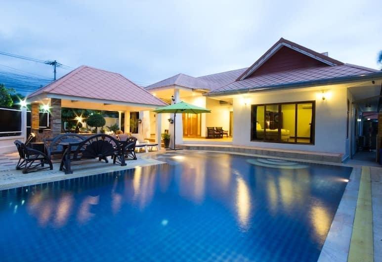 時代 5 房家庭別墅酒店 92 號, 芭堤雅, Five Bedrooms - Private Pool Villa, 陽台