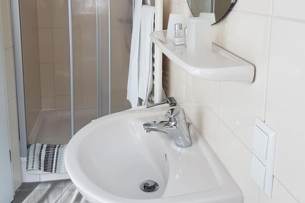 Standard Δίκλινο Δωμάτιο (Double), Υποαλλεργικό - Μπάνιο