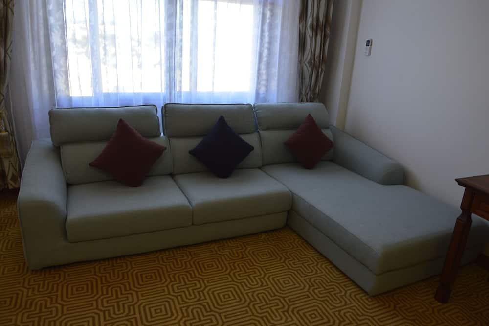 Standard Twin Room, Multiple Beds, Concierge Service - Living Room