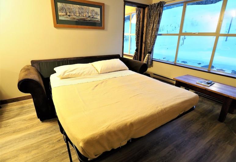 Apex Mountain Inn 2 Bdrm Suite 321-322 1 Bedroom Condo, Penticton, Condo, 2 Bedrooms, Room