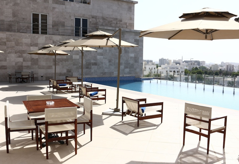 Levatio Hotel Muscat, Maskat, Infinity-Pool