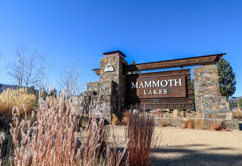 Sunstone #206 2 Bedroom Condo, Mammoth Lakes, Front of property