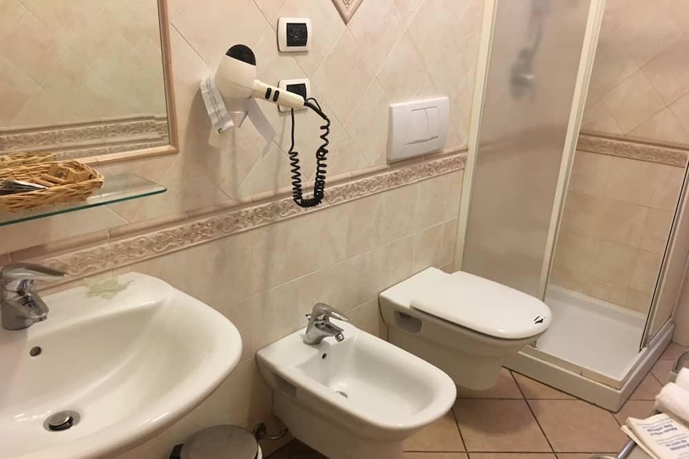 Classic - kahden hengen huone, Parveke - Kylpyhuone