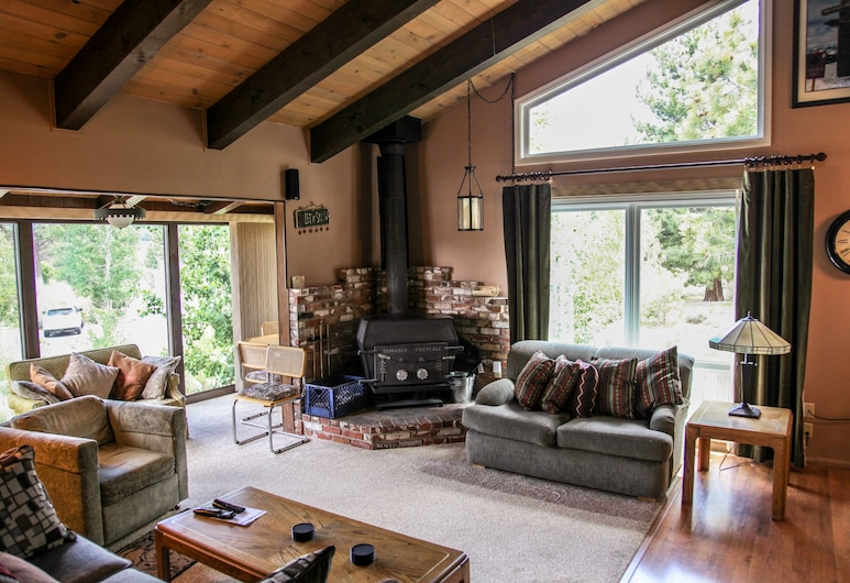 Chateau Blanc #25 3 Bedroom Condo, Mammoth Lakes, Appartement, 3 slaapkamers, Woonkamer